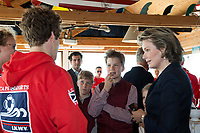 Le roi Philippe de Belgique, la reine Mathilde de Belgique, leurs enfants ; la Princesse Elisabeth, le Prince Gabriel, le Prince Emmanuel et la Princesse El&eacute;onore assistent &agrave; une d&eacute;monstration des services de sauvetage sur la plage de Middelkerke. <br /> La princesse Elisabeth a elle-m&ecirc;me particip&eacute; &agrave; la r&eacute;animation.<br /> Belgique, Middelkerke, 1er juillet 2017.<br /> King Philippe of Belgium, Queen Mathilde of Belgium and their children, Crown Princess Elisabeth, Prince Emmanuel, Prince Gabriel, and Princess Eleonore of Belgium pictured during a rescue exercice, part of a visit of Belgian royal couple at the Belgian coast, in Westende, Middelkerke.<br />  Belgium, Westende, Middelkerke, 01 July 2017.<br /> Pic :  Queen Mathilde of Belgium &amp;  Prince Emmanuel of Belgium,  Prince Gabriel of Belgium