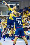 Mads MENSAH LARSEN (#22 Rhein-Neckar Loewen) \Michael OEHLER (#17 SG Bietigheim)\ beim Spiel in der Handball Bundesliga, SG BBM Bietigheim - Rhein Neckar Loewen.<br /> <br /> Foto &copy; PIX-Sportfotos *** Foto ist honorarpflichtig! *** Auf Anfrage in hoeherer Qualitaet/Aufloesung. Belegexemplar erbeten. Veroeffentlichung ausschliesslich fuer journalistisch-publizistische Zwecke. For editorial use only.