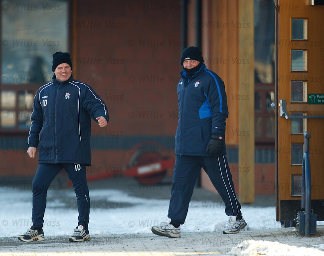 Ian Durrant and Walter Smith laughing at a certain photographer standing out in the freezing cold