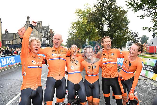 The Netherlands win the Team Time Trial Mixed Relay in Harrogate of the UCI World Championships 2019 running from Harrogate to Harrogate, England. 22nd September 2019.<br /> Picture: Simon Wilkinson/SWPix.com   Cyclefile<br /> <br /> All photos usage must carry mandatory copyright credit (© Cyclefile   Simon Wilkinson/SWPix.com)