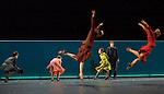 UNE SORTE DE....Choregraphie : EK Mats..Decor : GEBER Maria..Lumiere : RUGE Ellen..Costumes : GEBER Maria..Avec :..LE RICHE Nicolas..DANIEL Nolwenn..PECH Benjamin..KUDO Miteki..Lieu : Opera Garnier..Ville : Paris..Le : 25 04 2008..Copyright (c) 2008 by © Laurent Paillier/ www.photosdedanse.com. All rights reserved.
