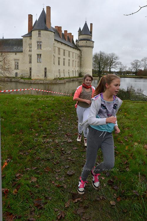 Trail d'Ecuillé : Trail des enfants (enfants de plus de 10 ans). Longueur du parcours : 2250 mètres.