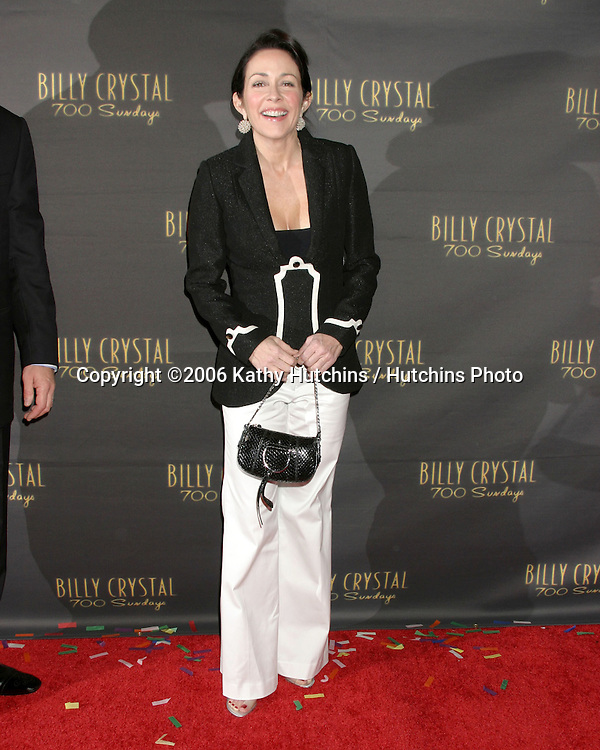 Patricia Heaton.Wilshire Theater.700 Sundays LA Play Opening.Los Angeles, CA.January 12, 2006.©2006 Kathy Hutchins / Hutchins Photo....
