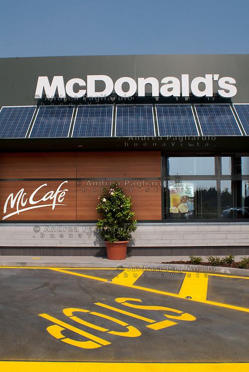 Lainate (VA).<br /> McDonald's.