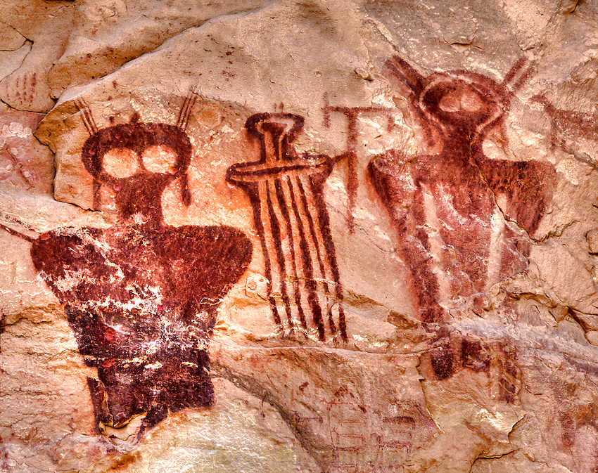 Beloved Barrier Creek Style pictographs peer through you with ancient alien eyes.