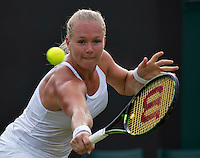 London, England, 27 june, 2016, Tennis, Wimbledon, Kiki Bertens (NED) in her match against Jelena Ostapenko (LAT)<br /> Photo: Henk Koster/tennisimages.com