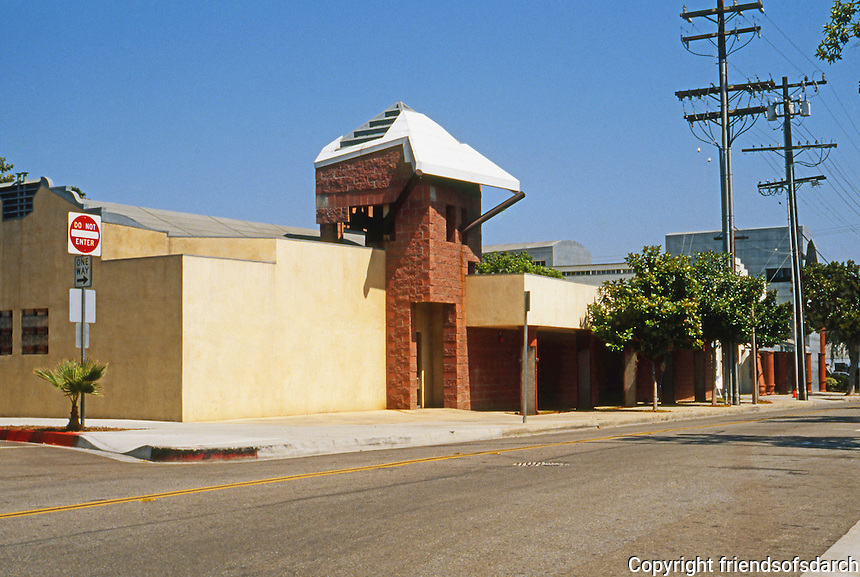 Eric Owen Moss: Gary Group Office Building, NE Corner of Ince & Lindblade, Culver City, 1988-90. What is the function of the tower? Photo 1999.