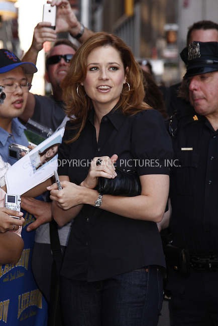 WWW.ACEPIXS.COM . . . . .  ....June 2, 2008. New York City.....Actress Jenna Fischer visits the 'Late Show with David Letterman' at the Ed Sullivan Theater.......Please byline: AJ Sokalner - ACEPIXS.COM.... *** ***..Ace Pictures, Inc:  ..Philip Vaughan (646) 769 0430..e-mail: info@acepixs.com..web: http://www.acepixs.com