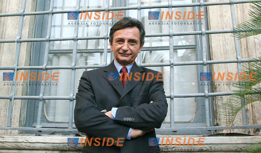 Roma 05 12 2006 Economist Conferences: V Forum Infrastrutture<br /> Nella foto l'Amministratore Delegato Met.Ro  Roberto Cavalieri<br /> Photo Serena Cremaschi Inside (www.insidefoto.com)