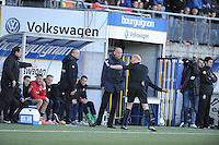 VOETBAL: LEEUWARDEN: 21-04-2016, Cambuurstadion, SC Cambuur - Willem II, uitslag 1-1, Scheidsrechter Kevin Blom, trainer/coach Williem II Jurgen Streppel, foto Martin de Jong