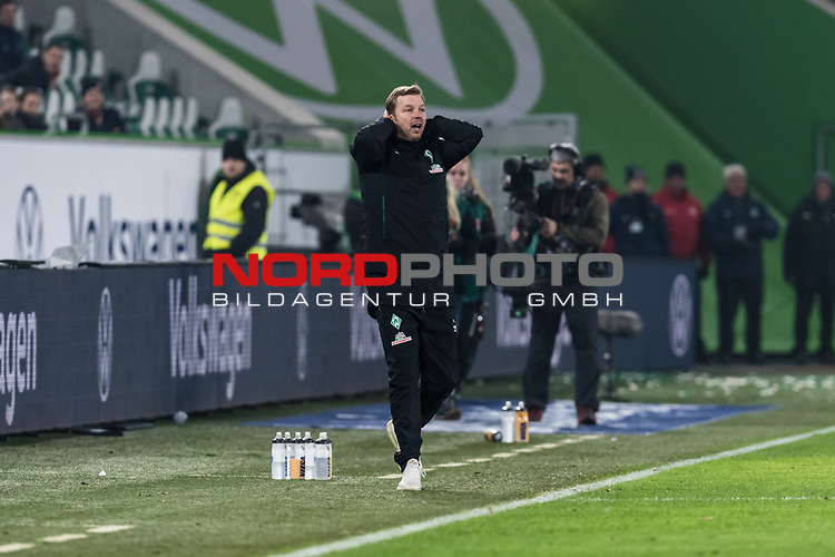 01.12.2019, Volkswagen Arena, Wolfsburg, GER, 1.FBL, VfL Wolfsburg vs SV Werder Bremen<br /> <br /> DFL REGULATIONS PROHIBIT ANY USE OF PHOTOGRAPHS AS IMAGE SEQUENCES AND/OR QUASI-VIDEO.<br /> <br /> im Bild / picture shows<br /> Florian Kohfeldt (Trainer SV Werder Bremen) zum Spielende, <br /> <br /> Foto © nordphoto / Ewert