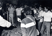Janary and February 1986 were memorable days in the Philippines. The fall of dictator Ferdinand Marcos and the rise of the first so called democraticly chosen President Cory Aquino. Helped by the massive public support of People Power. The very last day of Marcos. They flew out on an American helicopter at the evening. His troops had disappeared.