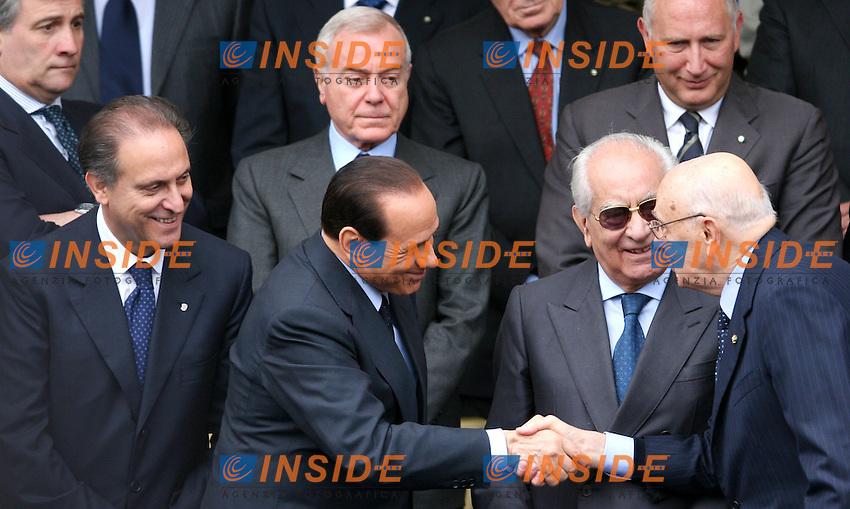 Roma 02-06- 2006 Parata Militare per la Festa della Repubblica<br /> Nella foto Silvio Berlusconi stringe la mano al Presidente della Repubblica Giorgio Napolitano<br /> Photo Serena Cremaschi Insidefoto