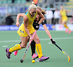 The Hague, Netherlands, June 05: Jane Claxton #18 of Australia in action during the field hockey group match (Women - Group A) between Belgium and Australia on June 5, 2014 during the World Cup 2014 at Kyocera Stadium in The Hague, Netherlands. Final score 2:3 (1:1) (Photo by Dirk Markgraf / www.265-images.com) *** Local caption *** (L-R) Stephanie Vanden Borre #22 of Belgium, Jane Claxton #18 of Australia
