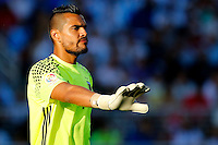 Futbol, Argentina v Chile.<br /> Copa America Centenario 2016.<br /> El arquero de la seleccion argentina Sergio Romero controla el balon durante el partido del grupo D de la Copa Centenario contra Chile disputado en el estadio Levi's de Santa Clara, Estados Unidos.<br /> 06/06/2016<br /> Andres Pina/Photosport*********<br /> <br /> Football, Argentina v Chile.<br /> Copa America Centenario Championship 2016.<br /> Argentina's goalkeeper Sergio Romero controls the ball during the Copa Centenario Chmpionship football match against Chile at the Levi's Stadium in Santa Clara, United States.<br /> 06/06/2016<br /> Andres Pina/Photosport