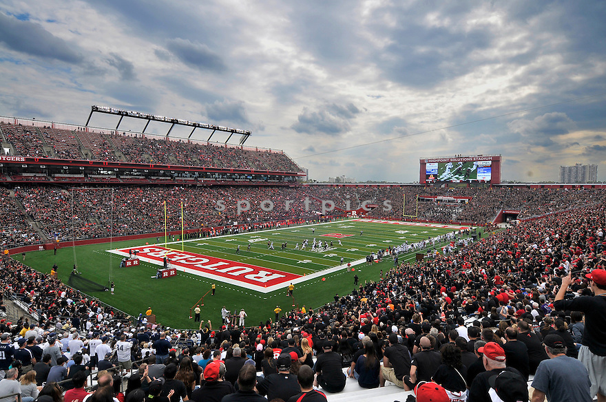 An overall view of Rutgers Stadium in New Brunswick, NJ,  during a game between Rutgers and Connecticut on October 16, 2012. (AP Photo/Chris Bernacchi)