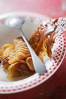 """Europe/France/Bretagne/29/Finistère/ Névez:Pomme au caramel de beurre salé Recette de Patrick Le Guen de 'hôtel restaurant """"Ar Men Du """""""