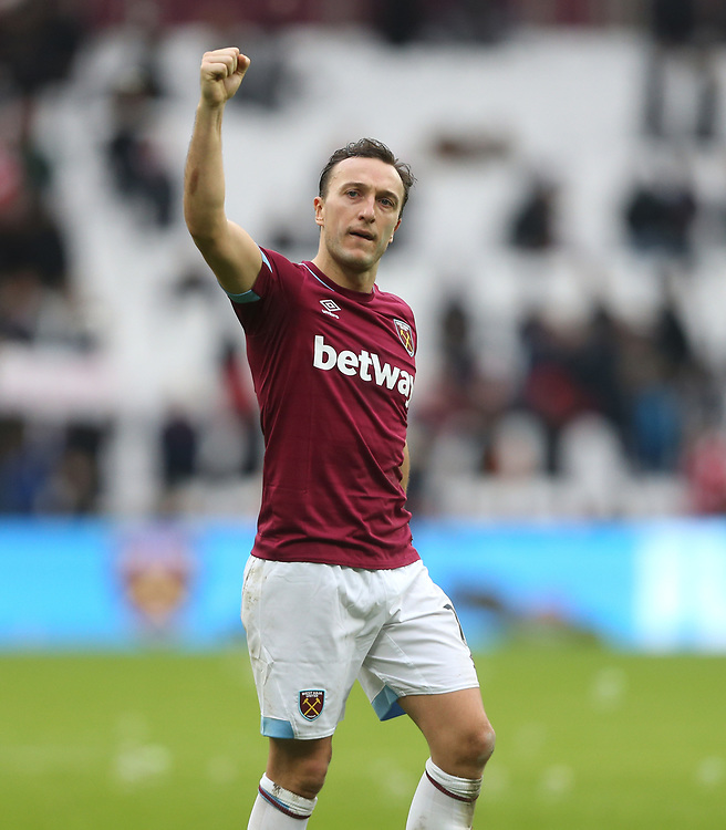 West Ham United's Mark Noble at the end of the game<br /> <br /> Photographer Rob Newell/CameraSport<br /> <br /> The Premier League - West Ham United v Arsenal - Saturday 12th January 2019 - London Stadium - London<br /> <br /> World Copyright © 2019 CameraSport. All rights reserved. 43 Linden Ave. Countesthorpe. Leicester. England. LE8 5PG - Tel: +44 (0) 116 277 4147 - admin@camerasport.com - www.camerasport.com