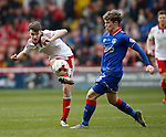 Ben Whiteman of Sheffield Utd  passes the ball during the Sky Bet League One match at The Bramall Lane Stadium.  Photo credit should read: Simon Bellis/Sportimage