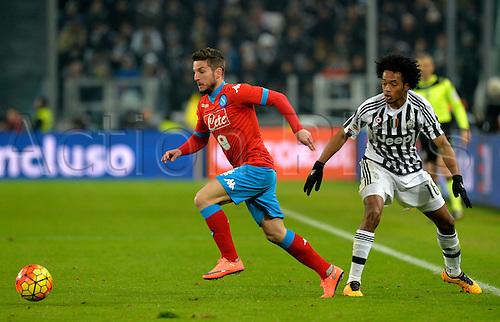 13.02.2016. Juventus Stadium, Turin, Italy. Serie A Football. Juventus versus Napoli. Dries Mertens eludes the challenge of Juan Cuadrado