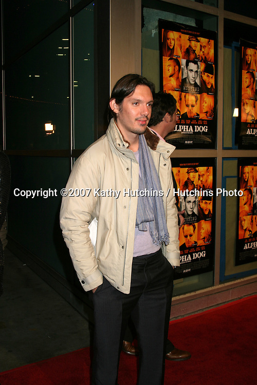 """Lucas Haas.""""Alpha Dogs"""" World Premiere.Cinerama Dome Theater.Los Angeles, CA.January 1, 2007.©2007 Kathy Hutchins / Hutchins Photo...."""