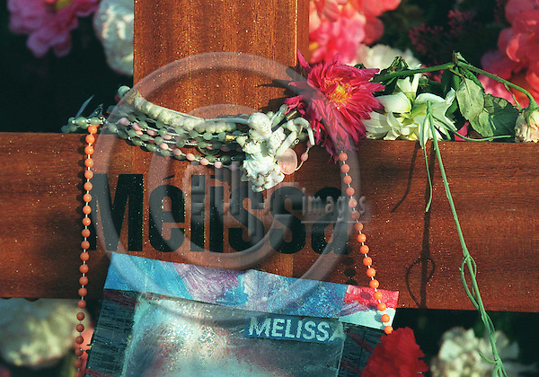 MONS-LES-LIEGE - BELGIUM - 18 OCTOBER 1996--The grave of the victims of the pedofile Dutroux-gang, Julie and Melissa, in the village Mons-Les-Liege, Flemalle in Belgium.--PHOTO: EUP-IMAGES..