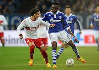 FUSSBALL   1. BUNDESLIGA   SAISON 2011/2012   18. SPIELTAG FC Schalke 04 - VfB Stuttgart            21.01.2012 Stefano Celozzi (li, Stuttgart) gegen Chinedu Obasi (re, Schalke)