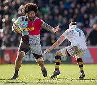 Harlequins' Mathew Luamanu evades the tackle of Wasps' Thomas Young<br /> <br /> Photographer Bob Bradford/CameraSport<br /> <br /> Aviva Premiership Round 14 - Harlequins v Wasps - Sunday 11th February 2018 - Twickenham Stoop - London<br /> <br /> World Copyright &copy; 2018 CameraSport. All rights reserved. 43 Linden Ave. Countesthorpe. Leicester. England. LE8 5PG - Tel: +44 (0) 116 277 4147 - admin@camerasport.com - www.camerasport.com