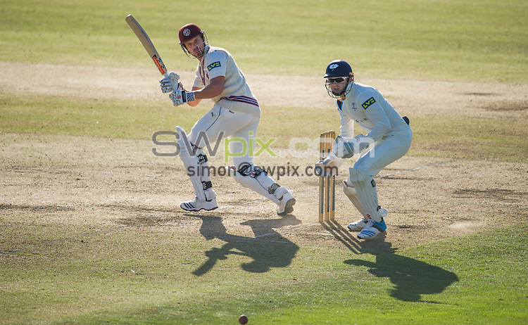 Picture by Allan McKenzie/SWpix.com - 26/09/2014 - Cricket - LV County Championship Div One - Yorkshire County Cricket Club v Somerset County Cricket Club - Headingley Cricket Ground, Leeds, England - Somerset's Nick Compton glances the ball for 4.