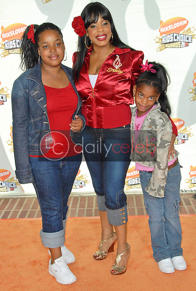 Niecy Nash and family<br />at Nickelodeon's 20th Annual Kids' Choice Awards. Pauley Pavillion, Westwood, CA. 03-31-07<br />Dave Edwards/DailyCeleb.com 818-249-4998