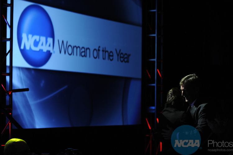 18 OCT 2009: Honorees and guests at the Awards Dinner during the 2009 NCAA Woman of the Year Awards in Indianapolis, IN.  Brett Wilhelm/NCAA Photos