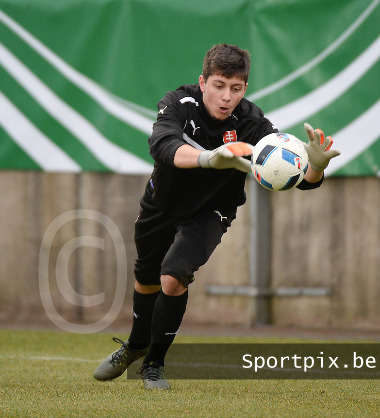 20160324 - Dusseldorf , GERMANY : Slovakian Samuel Petras pictured during the soccer match between the under 17 teams of Germany and Slovakia , on the first matchday in group 4 of the UEFA Under17 Elite rounds at the Paul Janes Stadion in Dusseldorf , Germany. Thursday 24th March 2016 . PHOTO DAVID CATRY
