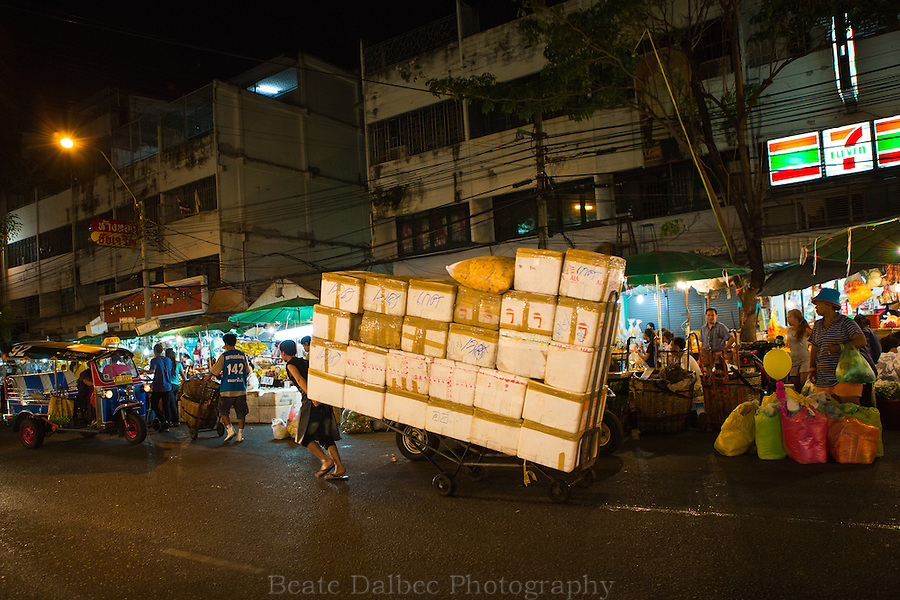 Pak Khlong market - Bangkok flower market