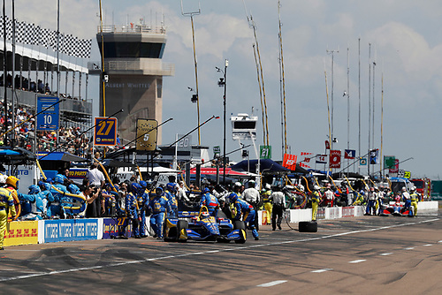 2018 Verizon IndyCar Series - Firestone Grand Prix of St. Petersburg<br /> St. Petersburg, FL USA<br /> Sunday 11 March 2018<br /> Alexander Rossi, Andretti Autosport Honda, pit stop<br /> World Copyright: Michael L. Levitt<br /> LAT Images<br /> ref: Digital Image _01I3348