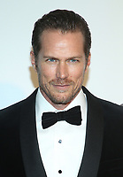 09 February 2020 - West Hollywood, California - Jason Lewis. 28th Annual Elton John Academy Awards Viewing Party held at West Hollywood Park. Photo Credit: FS/AdMedia