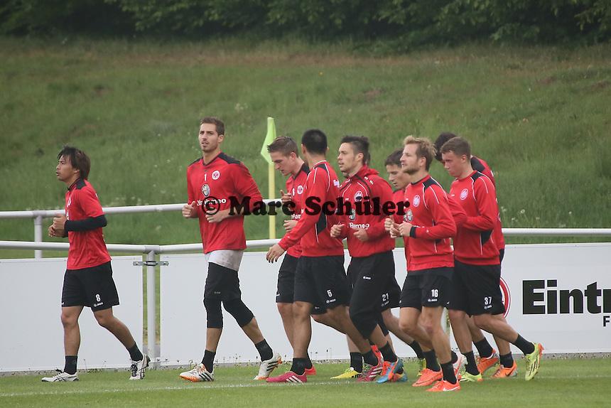 Auslaufen nach dem Training - Eintracht Frankfurt vs. Training, Commerzbank Arena