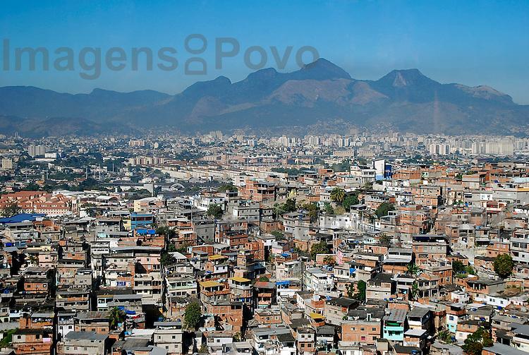 Teleférico do Conjunto de Favelas do Alemão. Rio de Janeiro, Brasil
