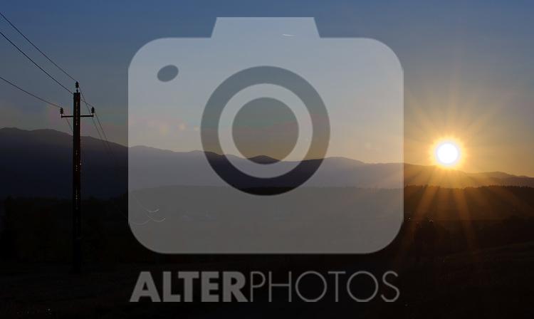 10.10.2010, Knittelfeld, AUT, Herbst Features, Bild zeigt Sonnenuntergang im Herbst, EXPA Pictures © 2010, PhotoCredit: EXPA/ S. Zangrando