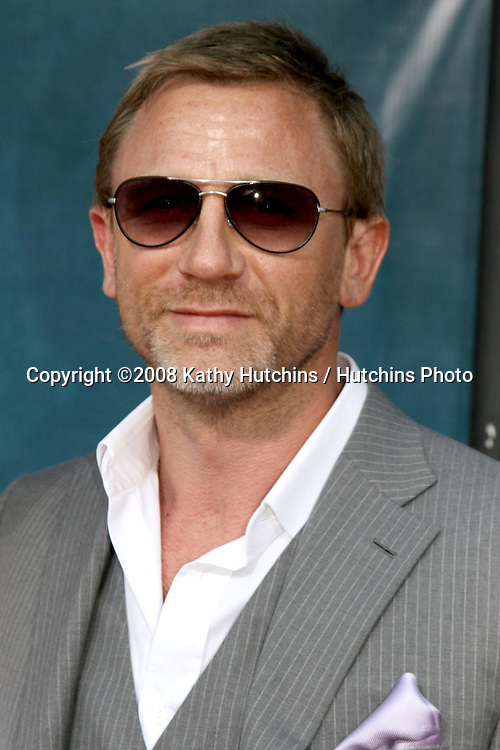 """Daniel Craig arriving at the premiere of """"Pineapple Express""""  in Westwood, CA on.July 31, 2008.©2008 Kathy Hutchins / Hutchins Photo ."""