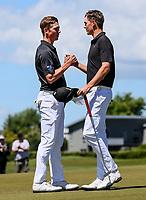 Daniel Hillier (L) wins the New Zealand Amateur Golf Championship final against Tom Parker at Russley Golf Course, Christchurch, New Zealand. Sunday 5 November 2017. Photo: Simon Watts/www.bwmedia.co.nz