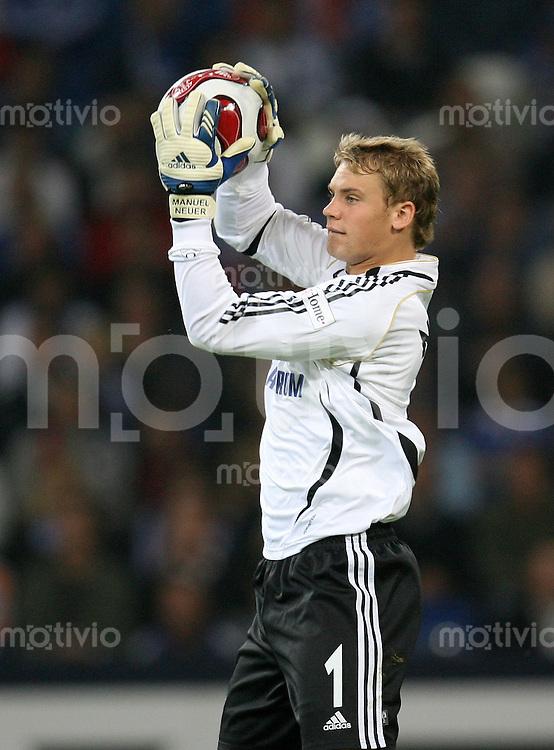FUSSBALL     1. BUNDESLIGA    SAISON 2007/2008 Torwart Manuel NEUER (FC Schalke 04)