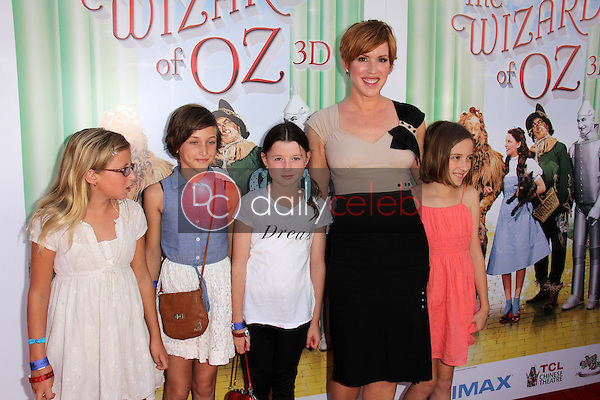 Molly Ringwald and children<br />