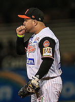Juan Carlos Linares de Naranjeros, durante el tercer juego de la Serie entre Tomateros de Culiacán vs Naranjeros de Hermosillo en el Estadio Sonora. Segunda vuelta de la Liga Mexicana del Pacifico (LMP) **26Dici2015.<br /> **CreditoFoto:LuisGutierrez<br /> **<br /> Shares during the third game of the series between Culiacan Tomateros vs Orange sellers of Hermosillo in Sonora Stadium. Second round of the Mexican Pacific League (PML)