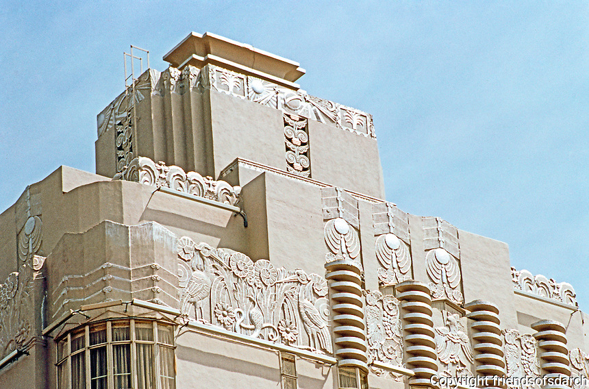 Los Angeles: Sunset Tower. The proud crest, restored March '88.