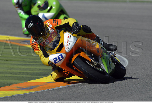 KAI BORRE ANDERSEN (NOR), Kawasaki, during qualifying practice, Supersport World Championship Race, Ricardo Tormo Circuit, Valencia, 030228. Photo:Neil Tingle/Action Plus ...2003  .man men superbikes motorcycle motorcycles bike bikes.     . ...  ..