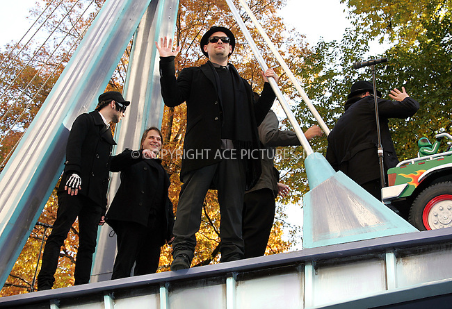 WWW.ACEPIXS.COM . . . . . ....November 22 2007, New York City....Joel Madden of the band Good Charlotte at the Macy's Thanksgiving Day Parade 2007.....Please byline: DAVID MURPHY - ACEPIXS.COM.. . . . . . ..Ace Pictures, Inc:  ..(646) 769 0430..e-mail: info@acepixs.com..web: http://www.acepixs.com