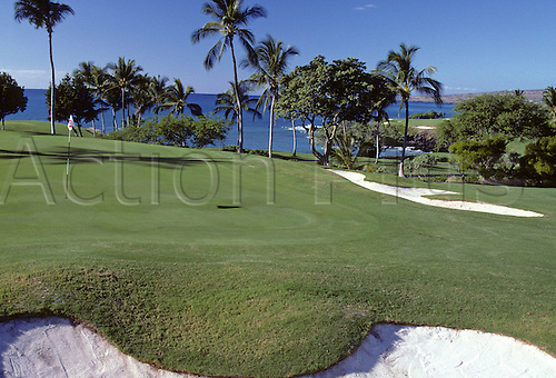 View of the 2nd green on the Mauna Kea Golf Course situated along the Kohala Coast, Hawaii. Photo: Brian Morgan/actionplus...golf course courses general view views scene scenery spectacular club clubs venue scenic landscape.American Hawaiian .second 007