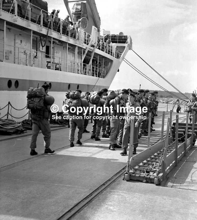British soldiers form up on the quayside in Londonderry, N Ireland, UK, after arriving in the troopship, Sir Tristam. They are reinforcements for the troops that arrived following the Battle of the Bogside.196909050004..Copyright Image from Larry Doherty, c/o Victor Patterson, 54 Dorchester Park, Belfast, UK, BT9 6RJ..Tel: +44 28 9066 1296.Mob: +44 7802 353836.Voicemail +44 20 8816 7153.Skype: victorpattersonbelfast.Email: victorpatterson@mac.com.Email: victorpatterson@ireland.com (back-up)..IMPORTANT: If you wish to use this image or any other of my images please go to www.victorpatterson.com and click on the Terms & Conditions. Then contact me by email or phone with the reference number(s) of the image(s) concerned.