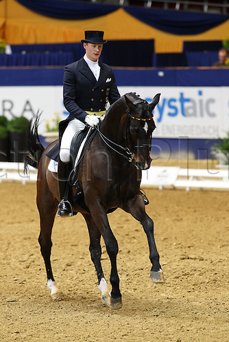 20 03 2010  Dortmund Westfalenhalle 20 03 Dressage Grand Prix Special Tour second square for Matthias Alexander Rath ger and Stern credits