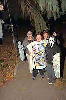 Haunters age 13 scaring it up on Halloween! WOO!  St Paul Minnesota USA